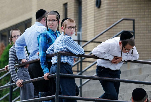 Satmar Students